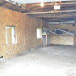 1 90rG-M Delby garage int 1